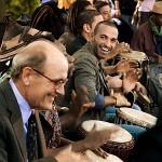 Trommeln macht Spaß: Walter Vale (Richard Jenkins) lernt von Tarek (Haaz Sleiman)