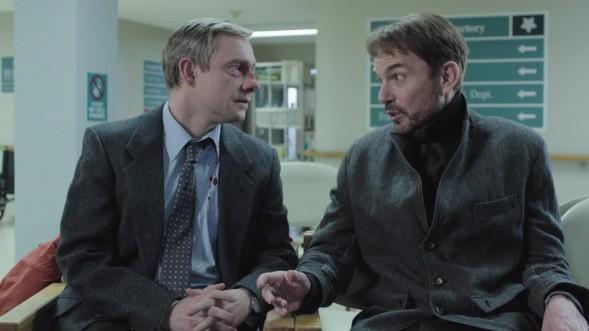 """Verspüren anfänglich eine gewisse gegenseitige Zuneigung: Lester Nygaard (Martin Freeman) und Lorne Malvo (Billy Bob Thornton) in der Miniserie """"Fargo"""" (Foto: FX)"""